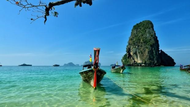 Beautiful Blue Sea Desktop Backgrounds.