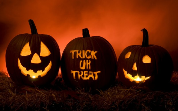Free download halloween wallpaper pictures.
