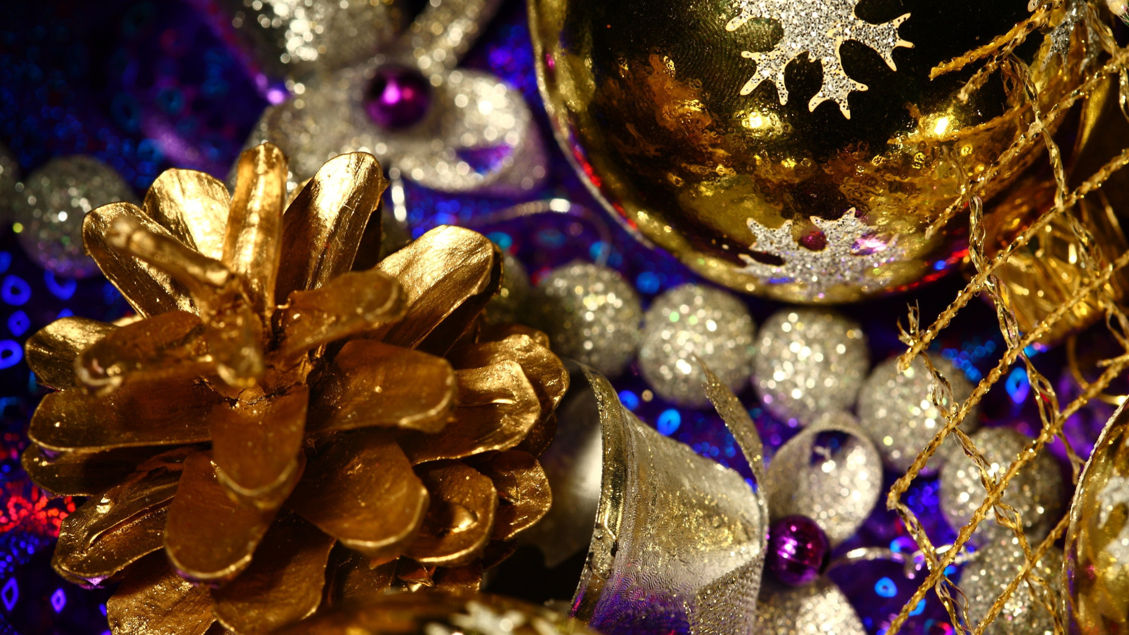 bump ornaments christmas decorations glitter gold close up new year wallpapers