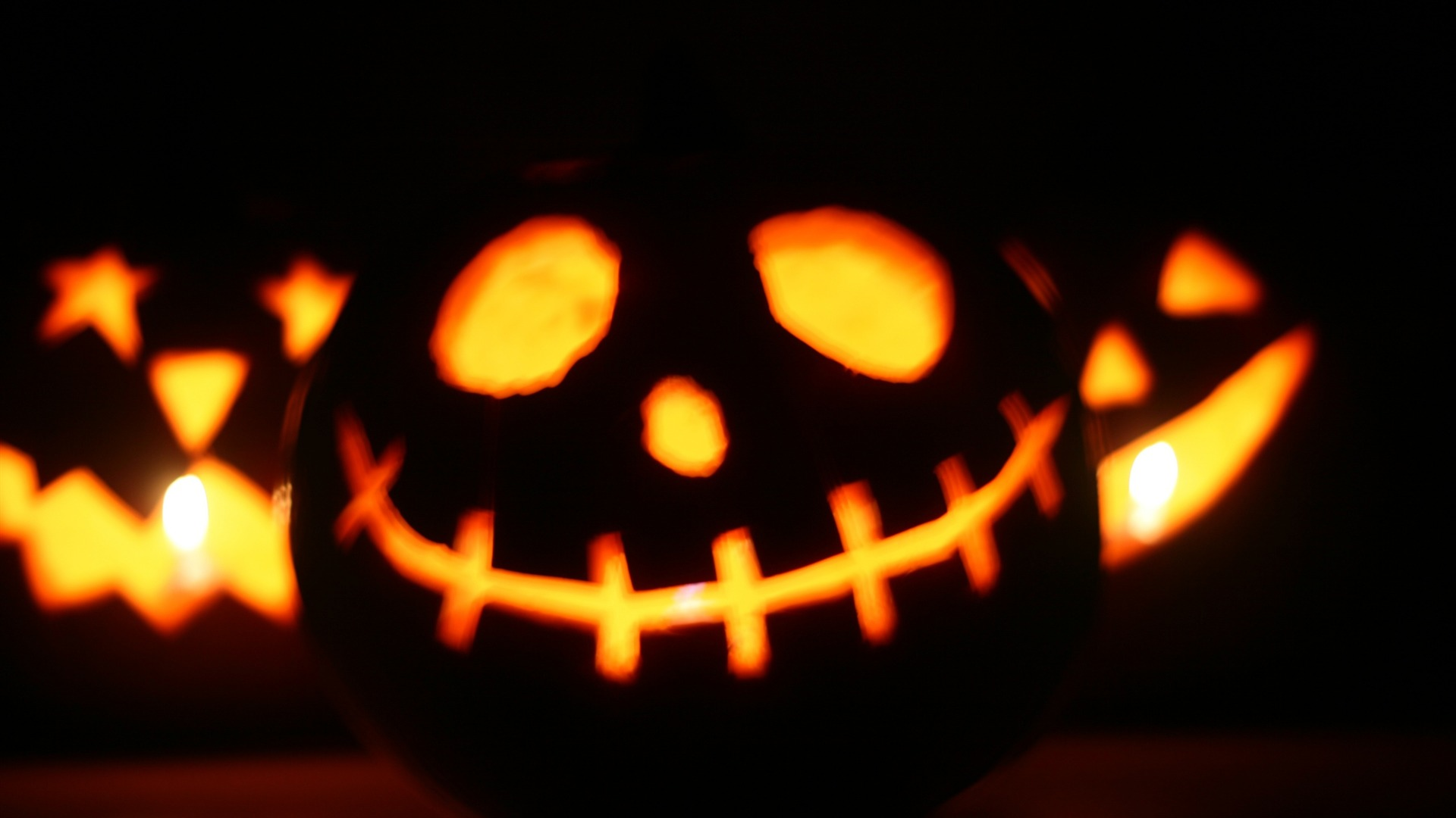 Beautiful Spooky Happy Halloween Night Wallpaper. Horror Happy Helloween Wallpaper HD.