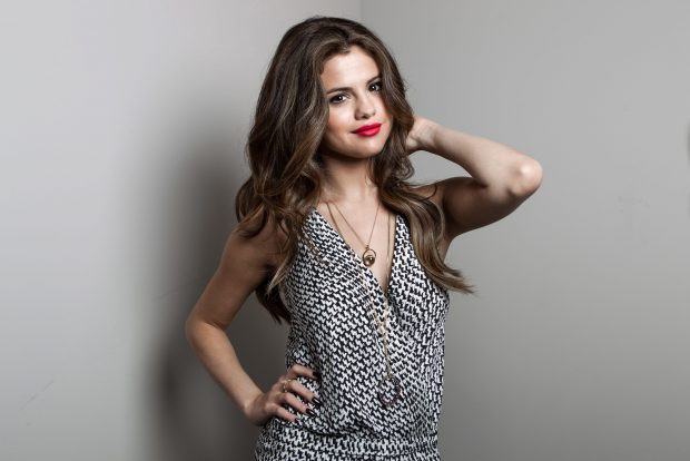HD Desktop Selena Gomez Photos.