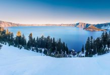 Winter snow crater lake oregon usa.
