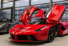 Ferrari Laferrari Wallpapers HD Free Download.