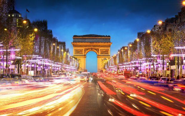 Arc De Triomphe Wallpapers 4K Image.